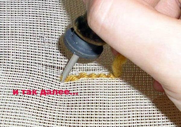 вышивка иглой в стиле ковровой техники