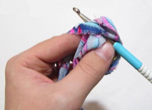 как самому связать коврик