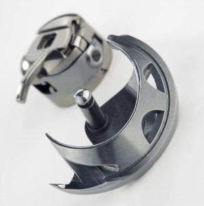 Челнок и шпульный колпачок для швейной машины Чайка